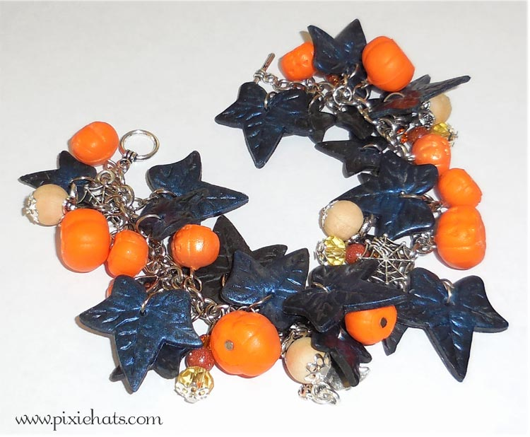 Handmade Halloween pumpkin ivy bracelet - DIY project
