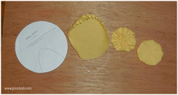 making the cental daisy disk or eye