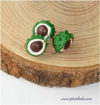 3x conker bead charms