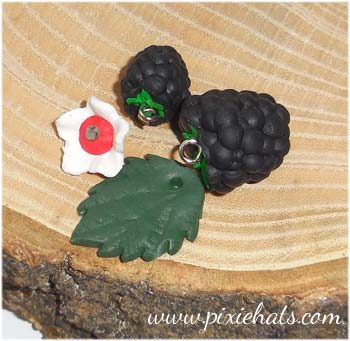 Blackberry bead charm set