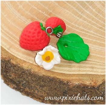Strawberry bead charm set